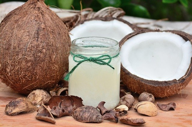Coconut Oil Health Benefits and Uses